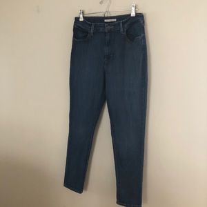 Levi's 721 High Rise Skinny Size 32